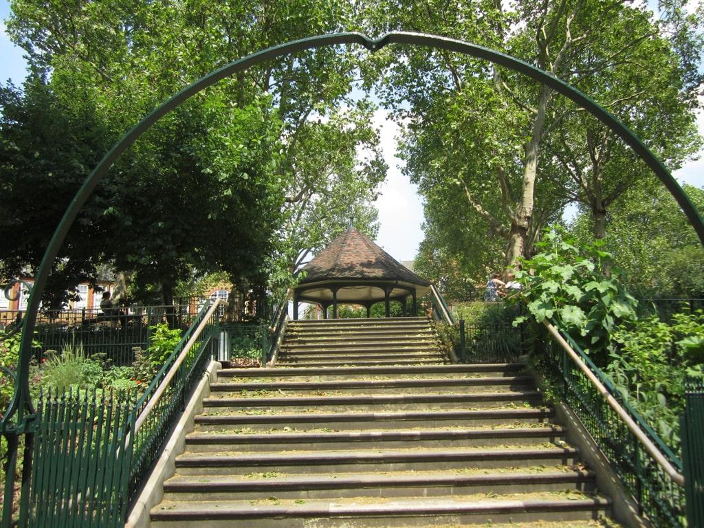 Shoreditch Secrets, Arnold Circus bandstand